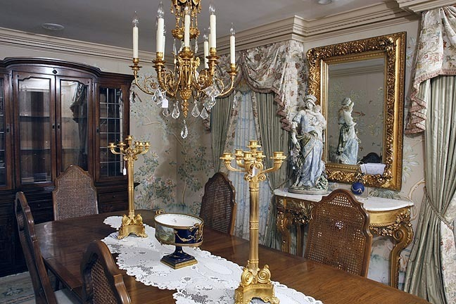 A Fine Bristol Tennessee World Class Auction - The Joseph S. Loprete Collection - 13895.jpg