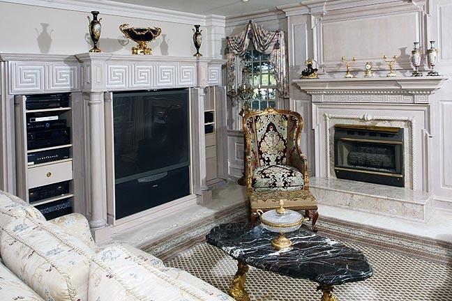 A Fine Bristol Tennessee World Class Auction - The Joseph S. Loprete Collection - 13899.jpg