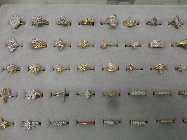 Complete Liquidation Jewelry and Furnishing Auction of Hallwoods Jewelry in our Gallery- Diamonds, Gold, Silver, Equipment, Gifts, Displays, Safe and much more - 15165.jpg