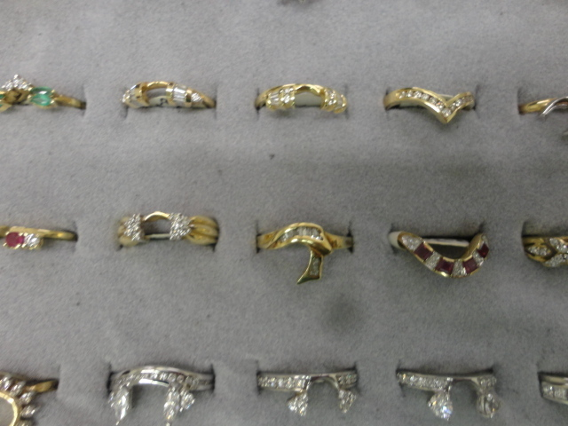 Complete Liquidation Jewelry and Furnishing Auction of Hallwoods Jewelry in our Gallery- Diamonds, Gold, Silver, Equipment, Gifts, Displays, Safe and much more - 15171.jpg