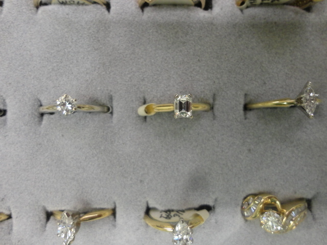Complete Liquidation Jewelry and Furnishing Auction of Hallwoods Jewelry in our Gallery- Diamonds, Gold, Silver, Equipment, Gifts, Displays, Safe and much more - 15172.jpg