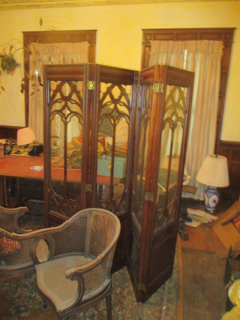Large Antiques Living Estate Auction, Bristol TN - IMG_1034.JPG