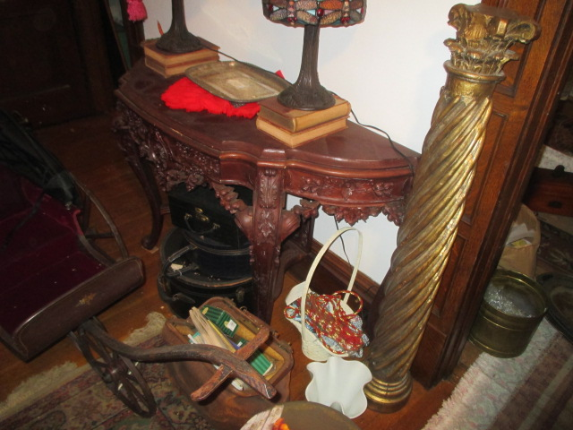 Large Antiques Living Estate Auction, Bristol TN - IMG_1052.JPG