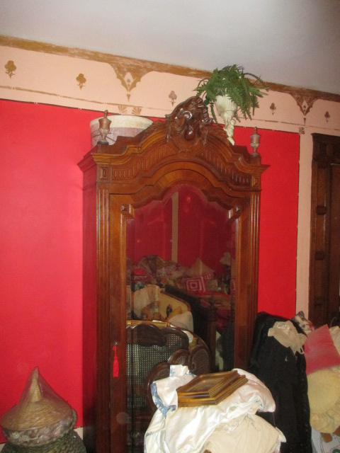 Large Antiques Living Estate Auction, Bristol TN - IMG_1058.JPG