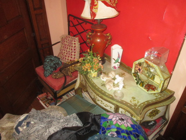 Large Antiques Living Estate Auction, Bristol TN - IMG_1063.JPG