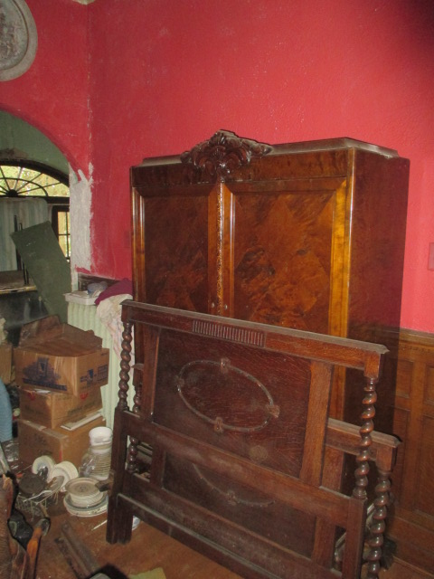 Large Antiques Living Estate Auction, Bristol TN - IMG_1089.JPG
