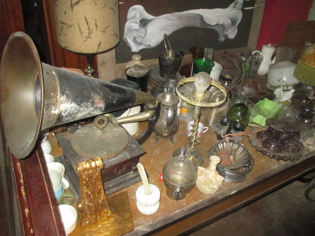Large Antiques Living Estate Auction, Bristol TN - IMG_2485.JPG