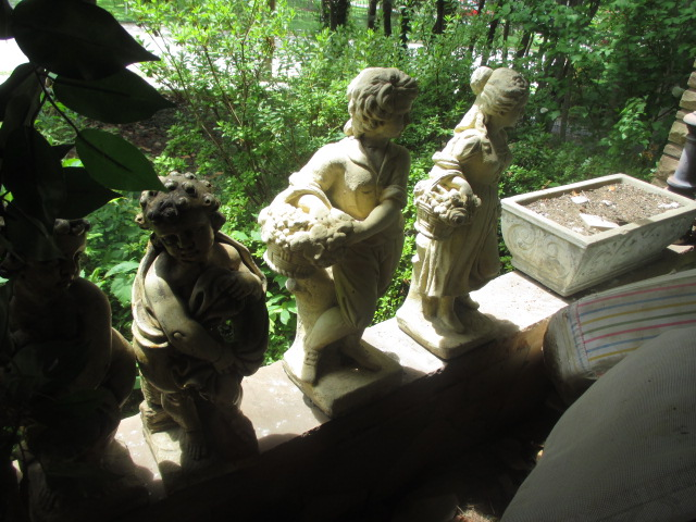 Large Antiques Living Estate Auction, Bristol TN - IMG_2492.JPG