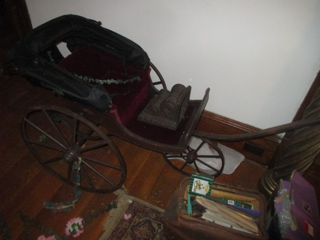 Large Antiques Living Estate Auction, Bristol TN - IMG_2508.JPG