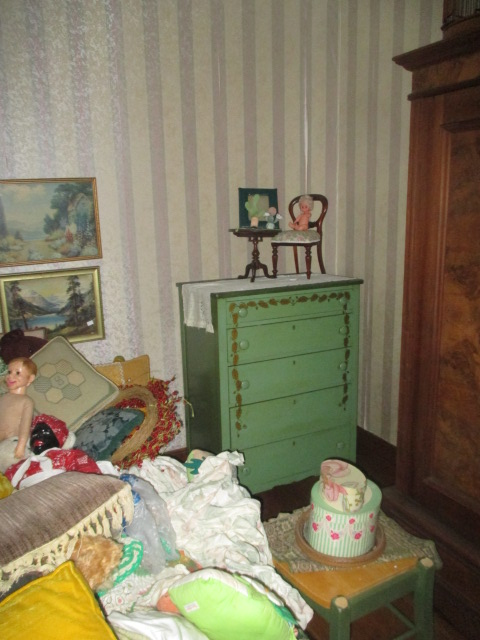 Large Antiques Living Estate Auction, Bristol TN - IMG_2510.JPG