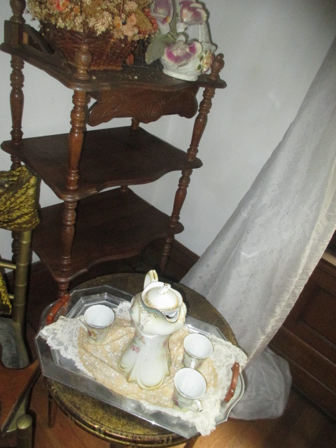 Large Antiques Living Estate Auction, Bristol TN - IMG_2516.JPG