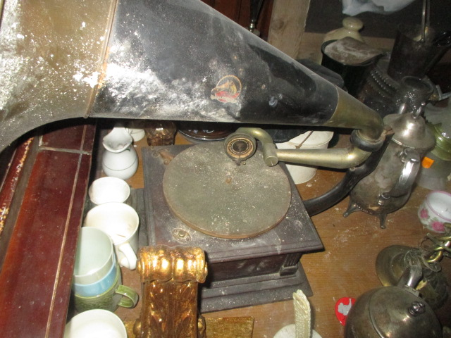 Large Antiques Living Estate Auction, Bristol TN - IMG_2521.JPG