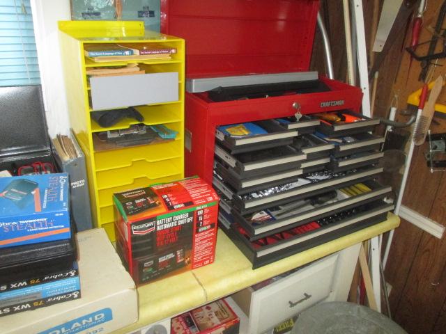John Cole Estate Auction-Tools. Knives, Toys, Trains, Guns and More Elizabethton - IMG_2553.JPG