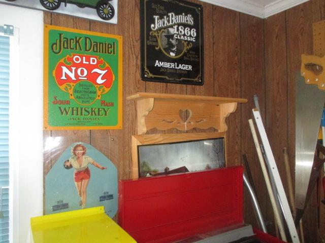 John Cole Estate Auction-Tools. Knives, Toys, Trains, Guns and More Elizabethton - IMG_2554.JPG
