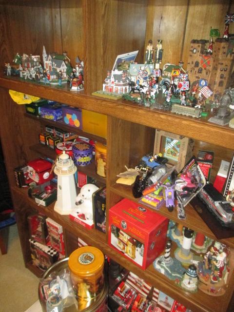 John Cole Estate Auction-Tools. Knives, Toys, Trains, Guns and More Elizabethton - IMG_2589.JPG