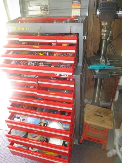 John Cole Estate Auction-Tools. Knives, Toys, Trains, Guns and More Elizabethton - IMG_2594.JPG
