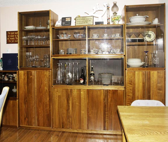 Dr. Ed E Perry, Elizabethton  Tennessee=  Real Estate Upscale Auction Autos, Antiques, Mcintosh Stereo, Coins, Bullion and more - JP_1541.jpg