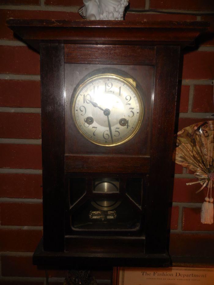 "The Cecil A. R. ""Tiny"" Smith Antiques Estate Auction - DSCN2112.JPG"