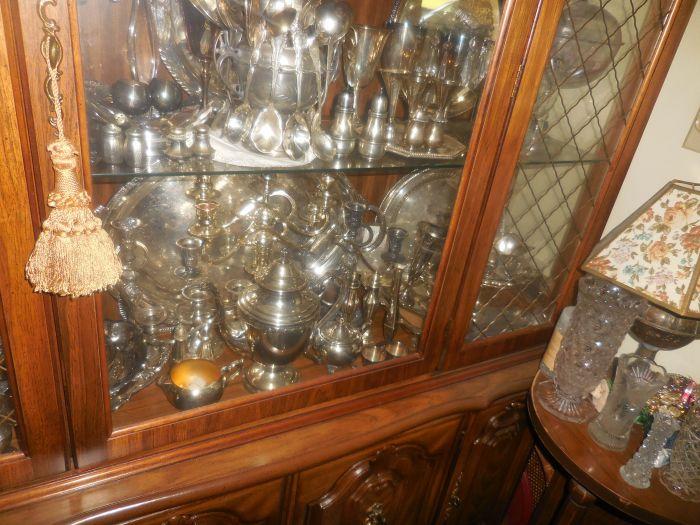 "The Cecil A. R. ""Tiny"" Smith Antiques Estate Auction - DSCN2121.JPG"