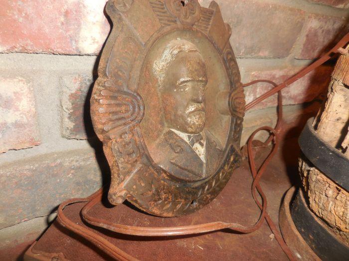 "The Cecil A. R. ""Tiny"" Smith Antiques Estate Auction - DSCN2492.JPG"