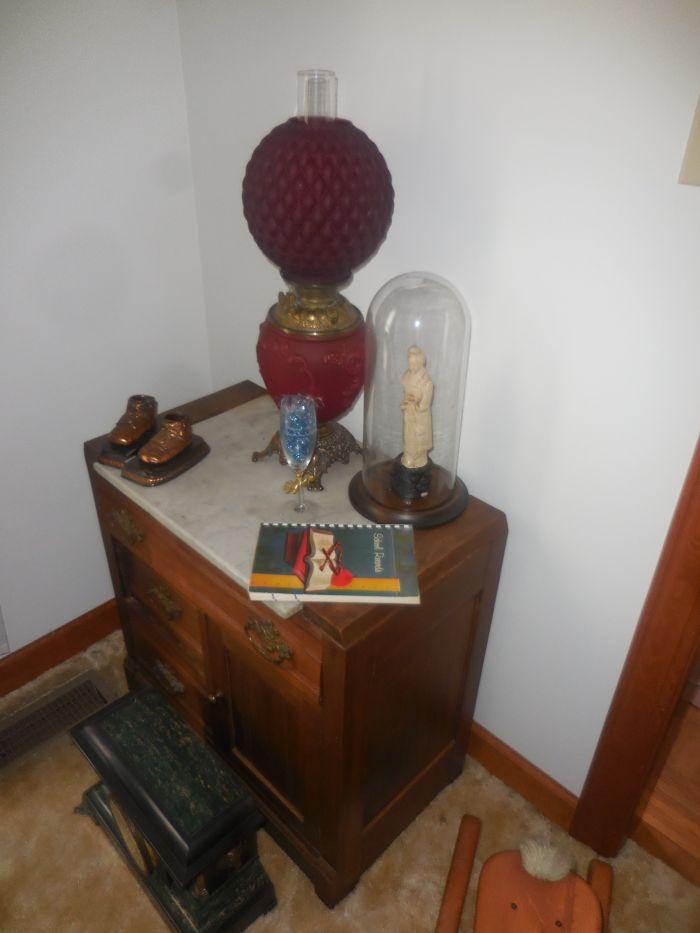 Gladys Cornelius Estate Auction Over 300 pieces of Cumbo China - DSCN2203.JPG