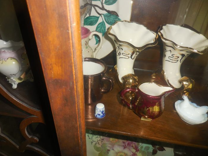 Gladys Cornelius Estate Auction Over 300 pieces of Cumbo China - DSCN2221.JPG