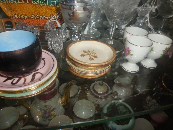 Gladys Cornelius Estate Auction Over 300 pieces of Cumbo China - DSCN2232.JPG