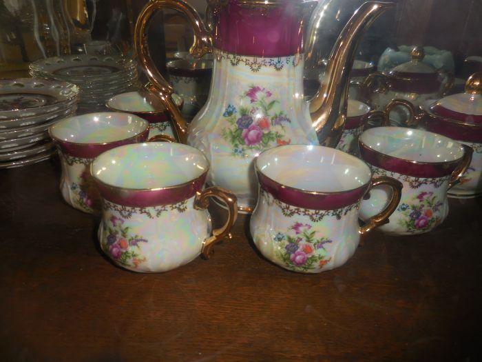 Gladys Cornelius Estate Auction Over 300 pieces of Cumbo China - DSCN2594.JPG