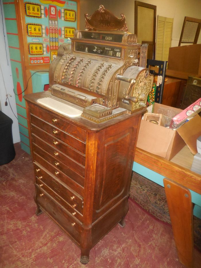 Labor Day Monday Auction  11 am Estates, Toys, Fine Quilts and much more. - DSCN2883.JPG