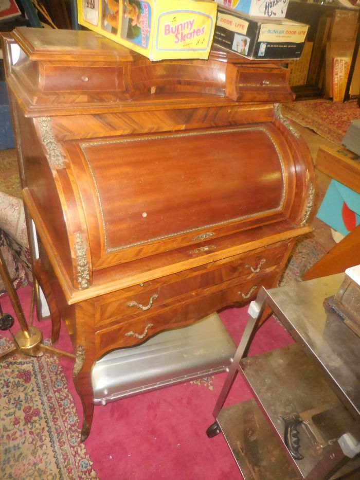 Labor Day Monday Auction  11 am Estates, Toys, Fine Quilts and much more. - DSCN2887.JPG