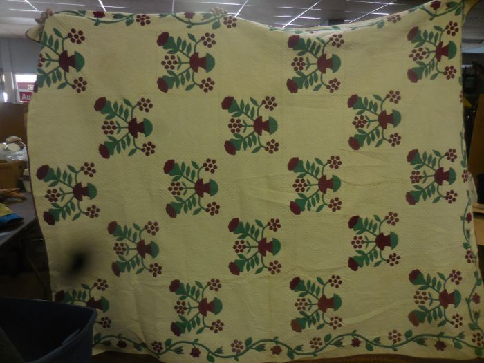 Labor Day Monday Auction  11 am Estates, Toys, Fine Quilts and much more. - DSCN2941.JPG