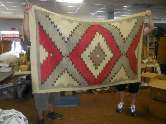 Labor Day Monday Auction  11 am Estates, Toys, Fine Quilts and much more. - DSCN2943.JPG