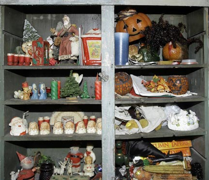 Mary L Weisfeld Living Estate Collection Abingdon Va. - Early_Holiday_items.jpg