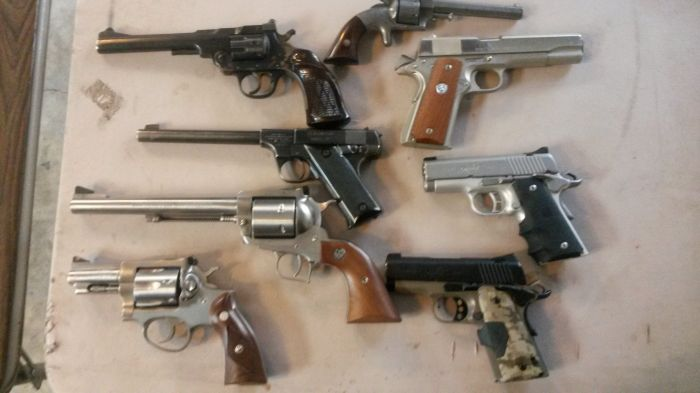 Estate Gun and Knife Auction Monday Nov. 2  Johnson City - 20151021_120639.jpg