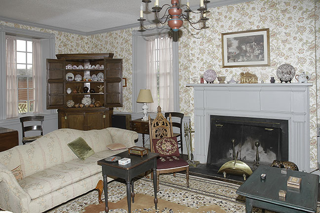 Chesla  and Ruth Sharp Lifetime Fine Antiques Collection and Historic House Auction - JP_7427_lo.jpg