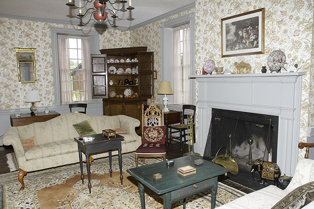Chesla  and Ruth Sharp Lifetime Fine Antiques Collection and Historic House Auction - JP_7435_lo.jpg