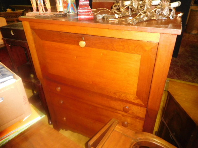Labor Day Monday Estates- Dont Miss this auction- Unbelievable  - DSCN0661.JPG
