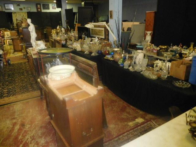 Labor Day Monday Estates- Dont Miss this auction- Unbelievable  - DSCN0693.JPG