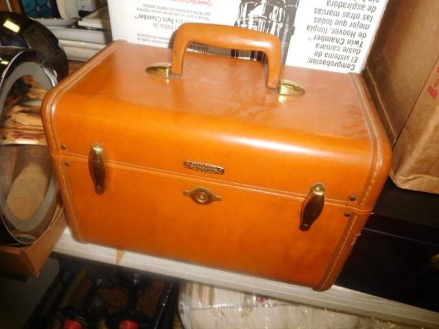 Labor Day Monday Estates- Dont Miss this auction- Unbelievable  - DSCN0758.JPG