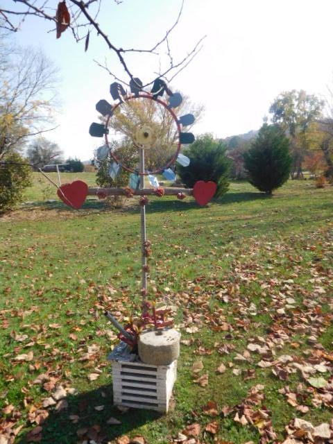 Yard Art, Stones, Carving,Vessels, Whirligigs, Folk Art from the Estate Of Mark King - DSCN1302.JPG