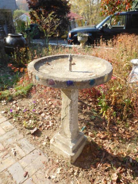 Yard Art, Stones, Carving,Vessels, Whirligigs, Folk Art from the Estate Of Mark King - DSCN1312.JPG