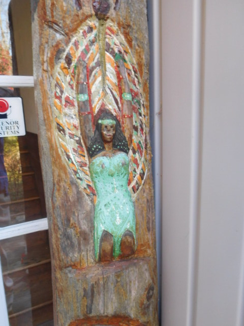 Yard Art, Stones, Carving,Vessels, Whirligigs, Folk Art from the Estate Of Mark King - DSCN1321.JPG