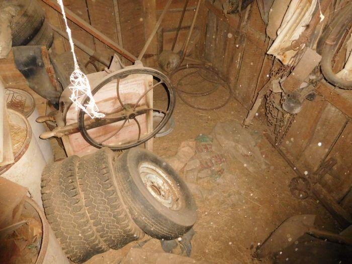 Hilbert Farm Auction- Sulphur Springs Area Jonesborough Tn. - DSCN2353.JPG