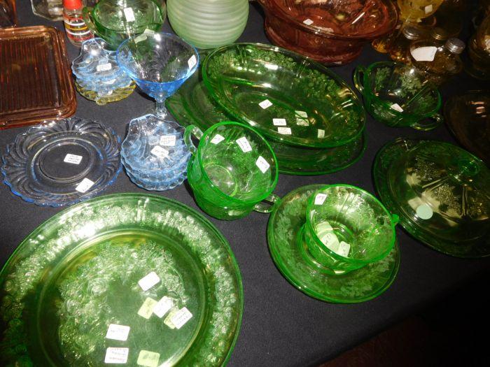 California Estate plus a Lifetime Depression Glass Collection - DSCN2546.JPG