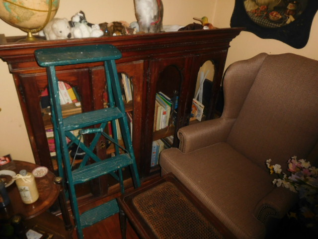 Kay Correll Living Estate Auction.... Real Estate Bart Long Auctions.... Personal Property Kimball Sterling - DSCN4892.JPG