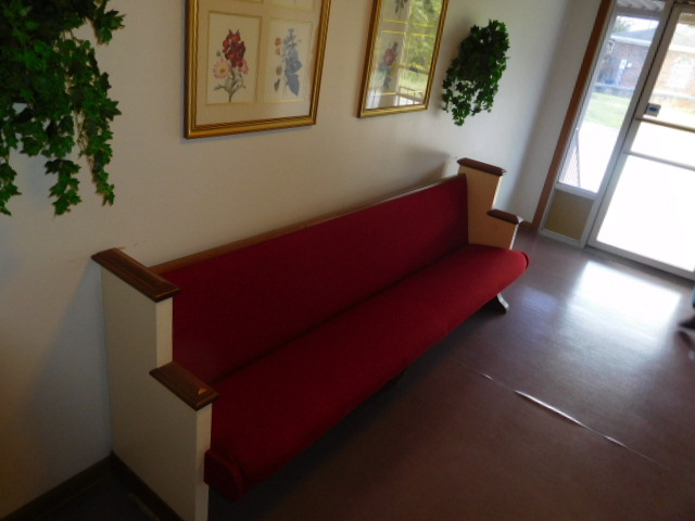 Erwin Memorial Funeral Home  Erwin Tennessee.....Antiques- Office -Pews and more - DSCN4652.JPG