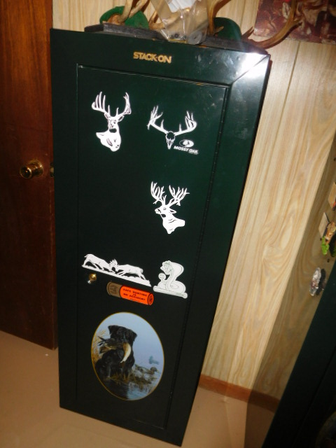 Steve Woodyard Estate-Household, Guns, Great Tools, Hunting and much more - DSCN5454.JPG
