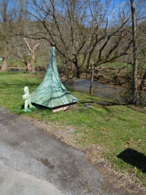 Greg Hensley Estate Auction -Blountville Tennessee - DSCN5905.JPG