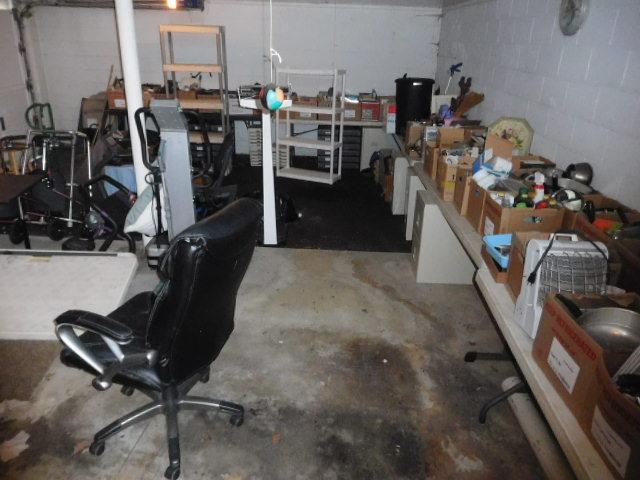 Bill Adams Estate - DSCN6538.JPG