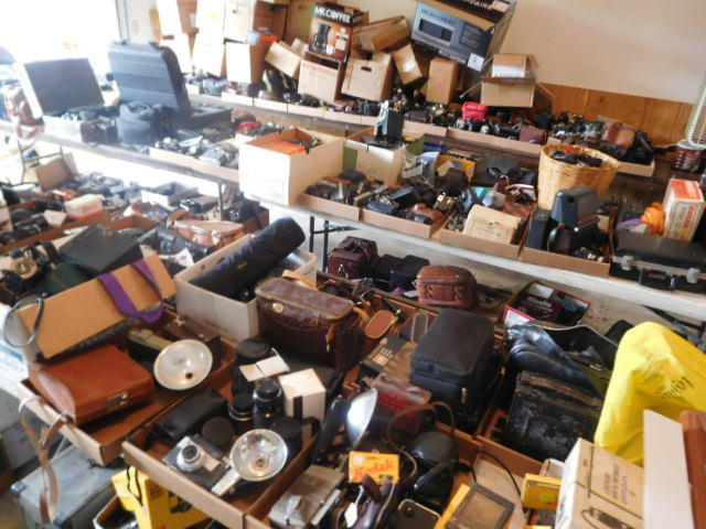 Robert  Bob  Samuels Estate Auction - DSCN6667.JPG